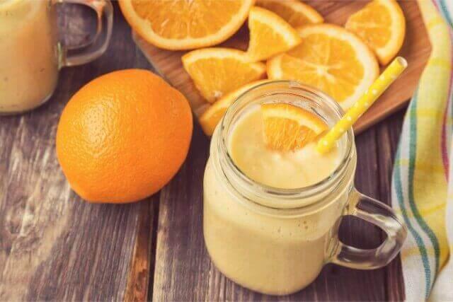 柑橘を使ってさっぱり飲みやすいスムージーレシピ
